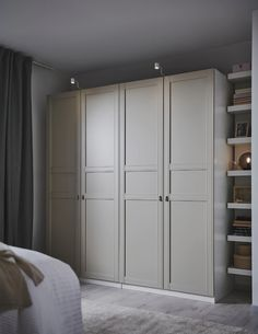 FLISBERGET light beige, Door with hinges, cm. FLISBERGET invites you to enjoy the little things that makes the difference. A three panel door with subtle grooves that needs a closer look to show. Pax Planner, Dressing Ikea, Wardrobe Systems, Wardrobe Ideas, Ikea Wardrobe Hack, Ikea Pax Hack, Pax System, Closet System, Bedroom Wardrobe