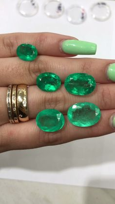 The Queen wears GREEN? Captivating greens we're in awe. We have here high quality stones which one would you pick? Feel free to ask any questions? Celebrity Engagement Rings, Halo Engagement Rings, Vintage Engagement Rings, Colombian Emerald Ring, Colombian Emeralds, Emerald Jewelry, Silver Jewelry, Loose Emeralds, Vintage Jewelry Crafts