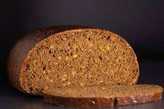 На самом деле такого хлеба не существует, это плод моего воображения. Это моя фантазия на тему хлеба Осеннего, который вырабатывают из смеси муки ржаной обдирной…