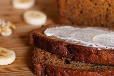 Indulge Your Sweet Tooth with This Banana Nut Bread Recipe Best Gluten Free Banana Bread Recipe, Diabetic Banana Bread, Nut Bread Recipe, Moist Banana Bread, Banana Bread Recipes, Teff Flour, Low Sugar, Sugar Free, Sugar Sugar