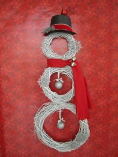 I will be making this snowman to go on our red door for our first Christmas in our own home! :-)