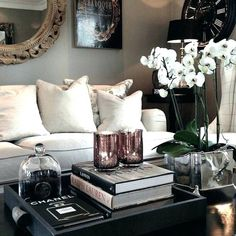 These Easy DIY Decor Projects Will Refresh Your Space for Cheap - Deko You are in the right place about living room decor Here we offer you the most beautiful pictur - Coffee Table Styling, Coffe Table, Coffee Table Design, Decorating Coffee Tables, Living Room Designs, Living Room Decor, Coffee Table Decor Living Room, Living Rooms, Diy Décoration