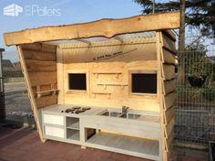 Super Mega Pallet Kid's Kitchen Fun Pallet Crafts for KidsPallet Sheds, Pallet Cabins, Pallet Huts & Pallet Playhouses