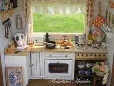 Кукольный Домик Миниатюрный Румбокс Кухня С Окном, Полностью Укомплектованная , Установить Масштаб 1:12