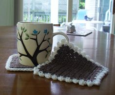 A free pattern for these chic crocheted coasters is available in this week's installment of Free Pattern Friday