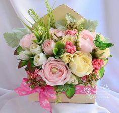 Flower Boxes, Flower Cards, Diy Flowers, Paper Flowers, Flower Arrangement Designs, Silk Floral Arrangements, Beautiful Flowers Images, Flower Images, Happy Birthday Flower