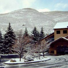 Marriott's StreamSide is beautiful in the Winter! Marriott Vacation Club, Vacation Resorts, Winter Vacations, Vail Colorado, Mount Rainier, Travel, Outdoor, Beautiful, Winter Holidays
