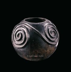 Pot for beer, Zulu, South Africa, KwaZulu Natal - African Terra Cotta - The Barbier-Mueller Museum