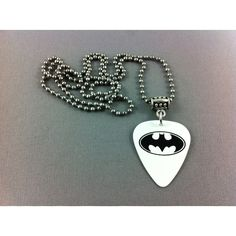 BATMAN Guitar Pick Ballchain Necklace BC041 (23 BRL) ❤ liked on Polyvore featuring jewelry, necklaces, batman y accessories