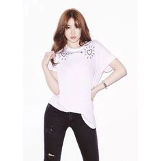 'Heart for Eye' Campaign shirts designed by Yoon Eun Hye 윤은혜 will be sold to help blind children. Yoon Eun Hye, Hallyu Star, Shirt Designs, Bell Sleeve Top, Celebs, Singer, Actresses, Poses, T Shirts For Women