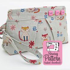 Pleated Wristlet PDF Sewing Pattern  Bag by michellepatterns