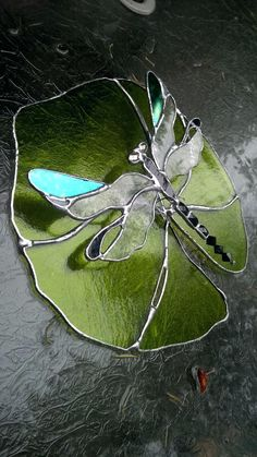 stained glass dragonfly suncatcher best stained glass butterflies bugs images on… – Glass Art Designs Dragonfly Stained Glass, Stained Glass Ornaments, Stained Glass Suncatchers, Glass Butterfly, Faux Stained Glass, Stained Glass Designs, Stained Glass Panels, Stained Glass Projects, Stained Glass Patterns