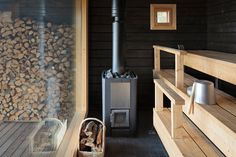 Just an awesome sauna Scandinavian Saunas, Portable Sauna, Outdoor Sauna, Sauna Design, Finnish Sauna, Summer Cabins, Sauna Room, Best Cleaning Products, Spa Rooms