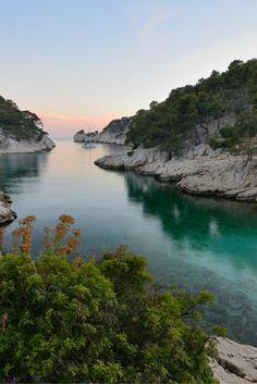 La calanque de Port-Pin Pin, Natural Wonders, Most Beautiful, France, River, Nature, Outdoor, Puertas, Outdoors