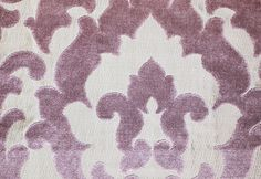 Concetti Velvet Contemporary cut velvet damask design in lilac woven on metallic silvery cloth.