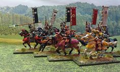 Medieval mounted Samurai with their leader. These are scale and come in a pack of 18 figures. Painted by Bob Hornsby Samurai Artwork, Military Figures, Military Modelling, Miniature Figurines, Fantasy Miniatures, Miniture Things, Diorama, Board Games, Medieval