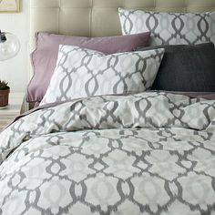 totally crushing on the whole grey color scheme for the master bedroom!!  Organic Ikat Links Duvet Cover + Shams - Platinum #westelm