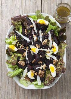Salade met geroosterde bieten en pecorino romano