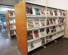 Àrea de música i revistes, amb més de 450 publicacions a disposició del públic.