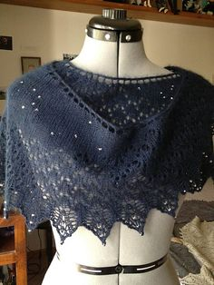 Ravelry: Starlight and Snow Flurries pattern by Susan Santos (lace weight) Knit Or Crochet, Lace Knitting, Crochet Shawl, Tunisian Crochet, Crochet Granny, Shawl Patterns, Lace Patterns, Knitting Patterns, Stitch Patterns