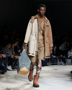 Image - Louis Vuitton @ Paris Menswear A/W 18 - SHOWstudio - The Home of Fashion Film and Live Fashion Broadcasting Live Fashion, Mens Fashion, Winter 2018 Fashion, Mens Tights, Mens Fall, Winter Trends, Military Jacket, Fall Winter, Menswear