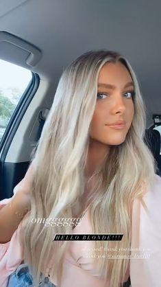 Silver Blonde Hair, Blonde Hair Looks, Brunette Hair, Cute Hairstyles For Medium Hair, Long Hair With Bangs, Hair Colour Design, Hair Color, Beach Wave Hair, Beach Waves