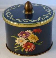 Côte d'Or tin Vintage Tins, Vintage Metal, Vintage Antiques, Retro Vintage, Tin Boxes, Tole Painting, Metal Tins, The Good Old Days, Tin Cans