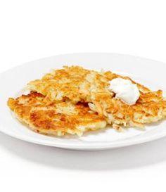 Crêpe de pomme de terre, dès 12 mois - Envie de bien manger. Plus de recettes pour bébé sur www.enviedebienmanger.fr/idees-recettes/recettes-pour-bebe