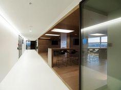 310045 511753192212406 603514933 n 700x524 Inside Samsungs Vienna Offices