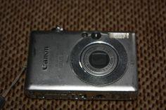 Canon Digital IXUS 40 4 MP Kompaktkamera - Silber