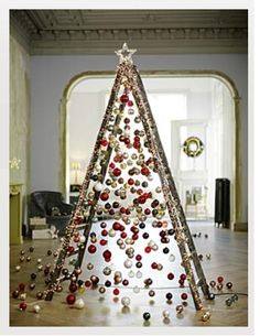 Yule style! Home, Store or restaurant display idea for Christmas or anytime during the Holiday Season! use an old ladder as an christmas tree!