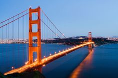 Planning to visit San Francisco? Check out these 20 hidden gems in San Francisco the locals love to visit too. Put these on your San Francisco itinerary. Visiter San Francisco, Baie De San Francisco, San Francisco At Night, Boutique San Francisco, Ponte Golden Gate, Golden Gate Bridge, Monument Valley, Sacramento, Places To Visit