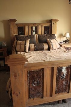I LOVE the cowhide furniture in here. - I LOVE the cowhide furniture in here. Cowhide Furniture, Log Cabin Furniture, Western Furniture, Rustic Furniture, Home Furniture, Bedroom Furniture, Cowhide Decor, Furniture Design, Bedroom Sets