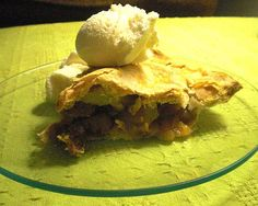Central Market vanilla ice cream alongside.  Recipe review:  Apple pear fig pie