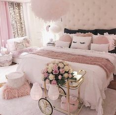 Pink Bedroom Design, Pink Bedroom Decor, Teen Bedroom Designs, Bedroom Decor For Teen Girls, Room Ideas Bedroom, Pink Bedrooms, Modern Teen Bedrooms, Bed Designs, Bedroom Inspo