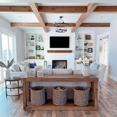 Sofa table ideas and decor for your living room