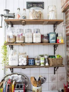 Kitchen shelves made from old doors. Farmhouse Style Kitchen, Rustic Kitchen, Vintage Kitchen, Kitchen Dining, Kitchen Decor, Kitchen Shelves, Kitchen Storage, Summer Kitchen, My New Room