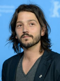 Diego Luna Asks Pedestrians Who Cesar Chavez Is