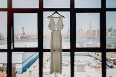 Tendance Robe du mariée 2017/2018  Modern wedding dress  NYC skyline