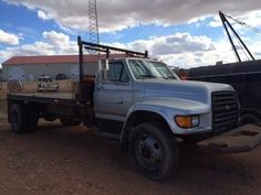 1999 Ford F800 for sale by owner on Heavy Equipment Registry  http://www.heavyequipmentregistry.com/heavy-equipment/16460.htm