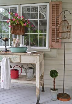 Chateau Chic: It's Porch Time