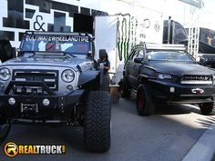 https://flic.kr/p/ALXAC1 | RealTruck at SEMA 2015 | The RealTruck crew at SEMA 2015.