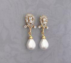 Gold 1920s Bridal Pearl Earrings Gold Wedding by LottieDaDesigns