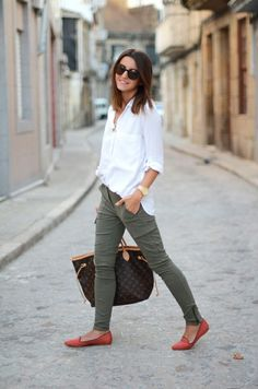 Pinning this one 'cause of the orange shoes.  Great way to add a pop of color