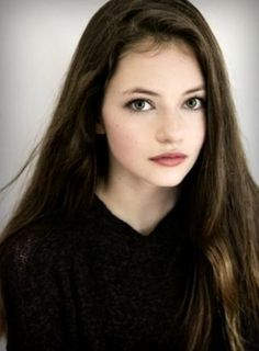 Mackenzie Foy 2019 at DuckDuckGo Beautiful Young Lady, Beautiful Girl Image, Beautiful Children, Meg Griffin, Grace Kelly Style, Mackenzie Foy, Cute Beauty, Gossip Girl, American Actors
