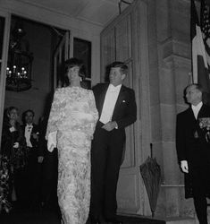 It was Jackie Kennedy who glamorized the White House State dinners and made Washington the most sought-after invitation in the world. With her charismatic husband, the President of the United State…