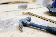 Sohvarungon valmistus käynnissä | In the middle of sofa frame production Tuotantolinja: Sohvat | Production line: Sofas  #pohjanmaan #pohjanmaankaluste #käsintehty #craftsman #craftsmanship #handmadefurniture #furnituremaker #furnituredecor