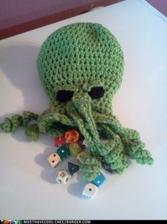 I think the player who shows up with this gets automatic Wisdom and Intelligence points, and also Charisma for being fracking awesome. Crochet Geek, Knit Or Crochet, Crochet Gifts, Single Crochet, Easy Crochet, Bioshock, Hogwarts, Origami, Nerd Crafts