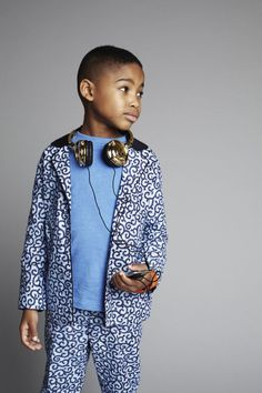 Modern Boys Suit Printed Jacket  Price: £45.00  Product Code:TS-IB-CBSPJ-Blue        Description:    Casual print suit from the ISOSSY Boys Collection. This suit is light weight and modern cut. Fully lined and versatile. Machine washable and 100% cotton. Featured in Angels and Urchins Spring 13 issue. Very nice Tyrese. This is currently hand-made to order. 7 -10 days delivery.