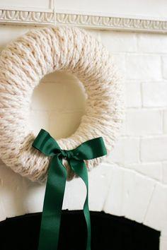flax & twine: Finger-Knit Wreath–a Five Fabulous Finger-Knitting Project